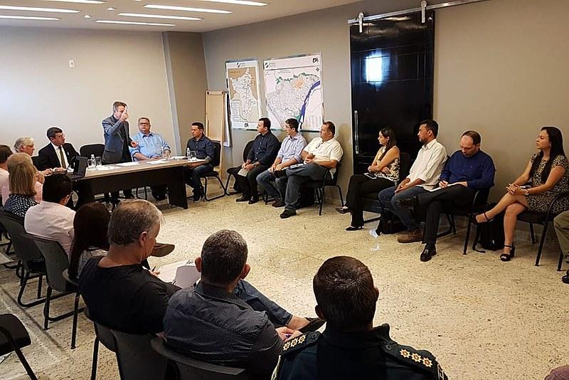 Denarium fez reuniões durante o fim de semana para definir as prioridades que serão apresentadas a Temer
