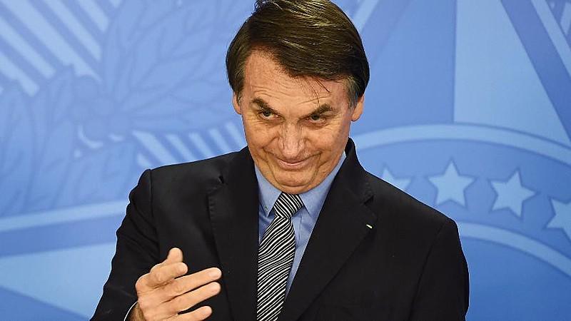 Medidas de Jair Bolsonaro (PSL) desmontam fundos públicos, carreira de servidores e alinham regras de contas públicas a interesses rentistas