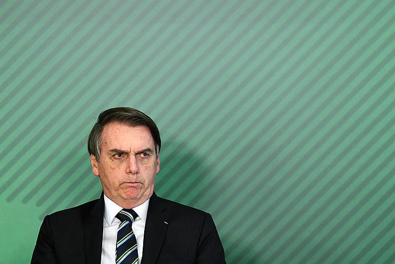 """No programa de TV CQC, Bolsonaro disse que nunca passou pela sua cabeça ter um filho gay porque seus filhos tiveram uma """"boa educação"""""""