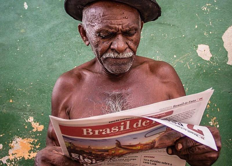 Atualmente, quatro estados possuem edições semanais do tabloide Brasil de Fato: Rio de Janeiro, Paraná, Pernambuco e Minas Gerais