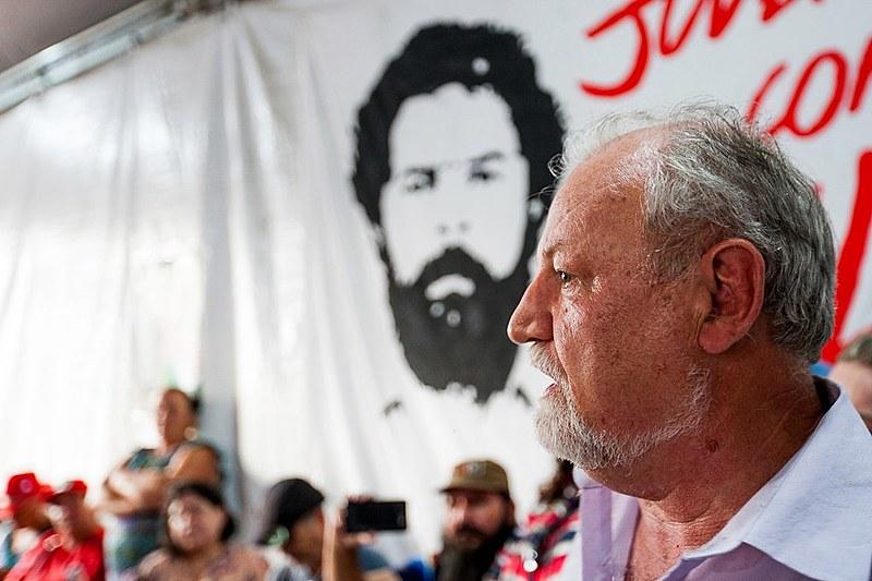 Stédile visitou a Vigília Lula Livre ao lado de outros integrantes do Comitê Nacional Lula Livre