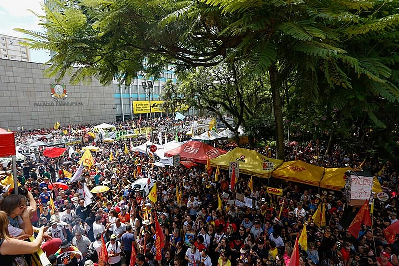 Servidores gaúchos realizaram uma greve unificada em 2019
