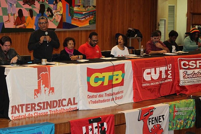 Plenária reuniu centrais sindicais e movimentos populares em Belo Horizonte na quinta (6)