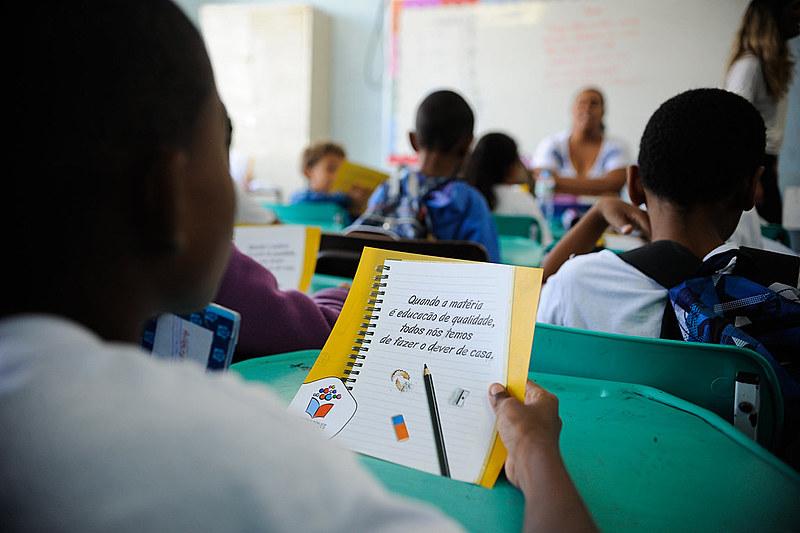 O censo mostra que nas escolas de educação infantil, 61,1% têm banheiro adequado e apenas 33,9% cintam com berçário.
