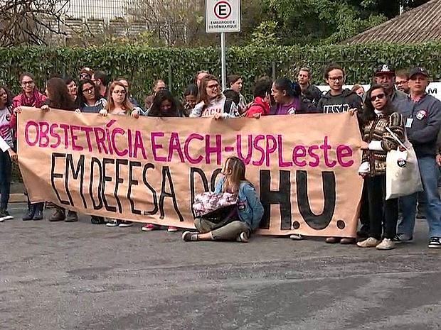 Para defensores do HU, a desvinculação é meio de facilitar a entrada de Organizações Sociais, que precarizam o trabalho e o atendimento