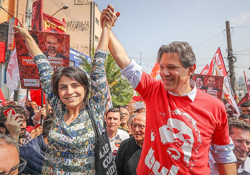 Associado diretamente ao ex-presidente Lula, Fernando Haddad ultrapassa Bolsonaro na intenção de voto