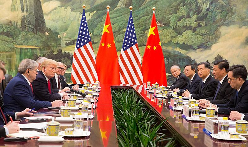 Trump e Jinping em Pequim: guerra comercial e tecnologia