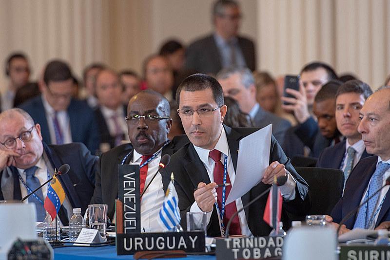 Ministro de Relações Exteriores da Venezuela, Jorge Arreaza, aponta ilegalidades da resolução contra a Venezuela na OEA