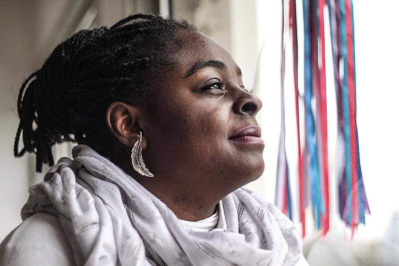 """""""O corpo da mulher negra ainda não tem um lugar nessa sociedade"""", afirma Lúcia"""
