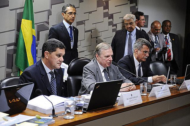 Comisión de Asuntos Económicos del Senado realiza reunión que trata de la reforma laboral
