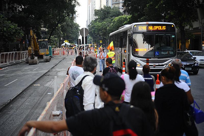 Protesto contra aumento da passagem está convocado para próxima quinta-feira (8), na Candelária, no centro do Rio