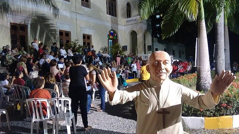 Jardim do Palácio de São José dos Manguinhos recebeu cerca de 300 pessoas na noite do dia 7.