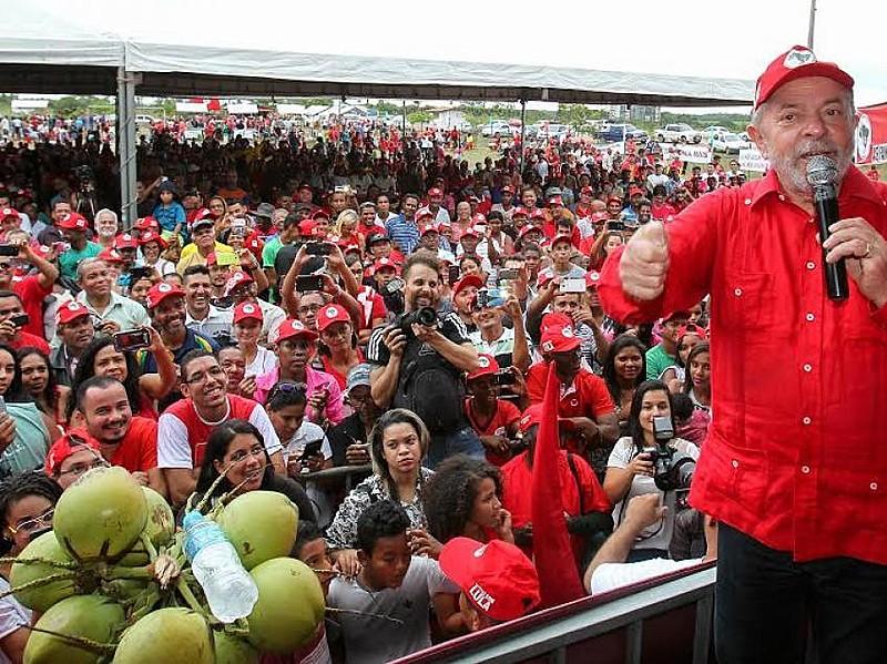 Lula também falou sobre a perseguição jurídica que vem sofrendo
