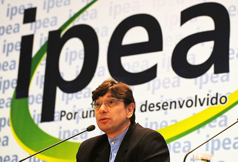 O economista Marcio Pochmann, durante coletiva quando era presidente do IPEA