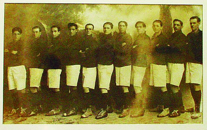 Brasil de Pelotas levou o primeiro campeonato gaúcho da história. Na final, o Xavante goleou a equipe do Grêmio por 5 X 1, em Porto Alegre