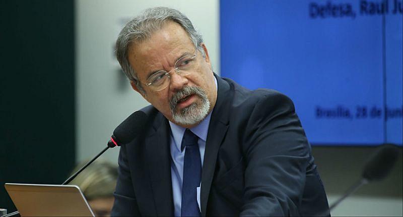 O ministro da Defesa, Raul Jungmann, pediu explicações ao comandante do Exército sobre a fala do general