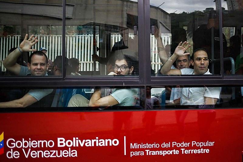Presos acusados de participar em atos violentos revelam que receberam dinheiro de dirigentes políticos, diz Comissão da Verdade