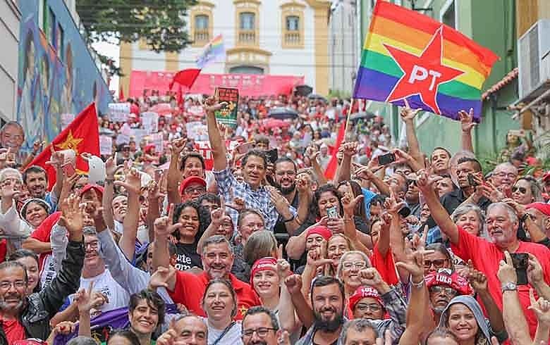 Haddad disse que existe uma consciência maior de que se cometeu uma injustiça grave ao presidente Lula