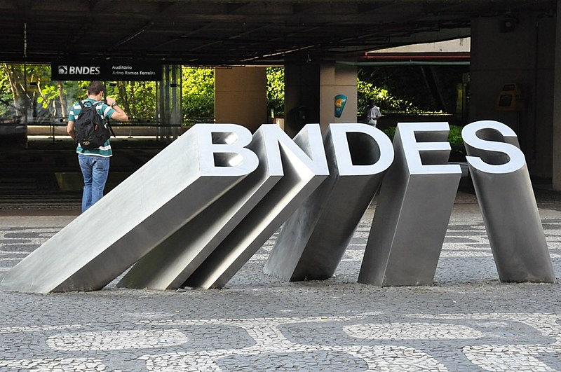 """""""O corpo técnico do BNDES não estava envolvido em nenhum esquema de corrupção"""", garante o economista"""