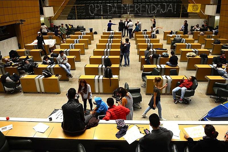 Em 2016, estudantes ocuparam a Assembleia Legislativa de SP (ALESP) para cobrar o governador Geraldo Alckmin (PSDB) na CPI da Merenda