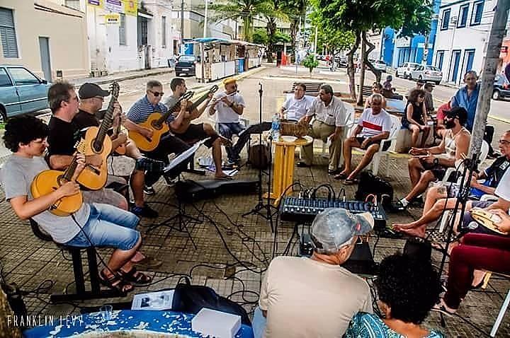 Choro do Caçuá ocorre sempre no segundo e último sábado de cada mês na praça Padre João Maria (Cidade Alta)