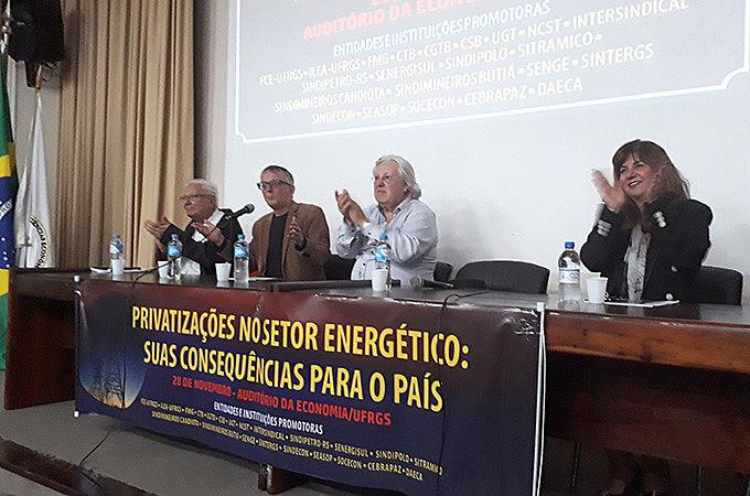 Debate 'Privatizações no setor energético: suas consequências para o país' ocorreu na UFRGS