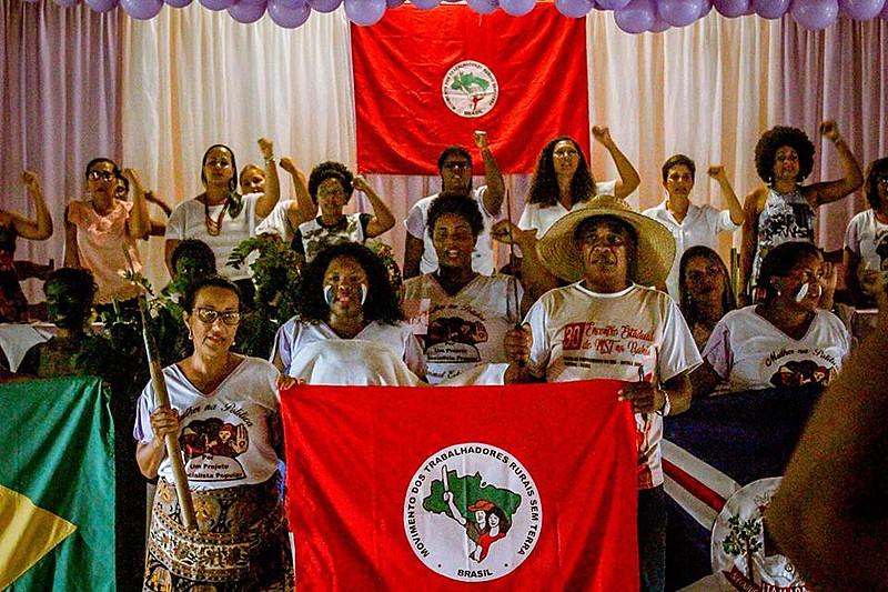 No mês de março, as Mulheres Sem Terra realizam uma jornada contra as privatizações, em defesa do Rio São Francisco e da CHESF.