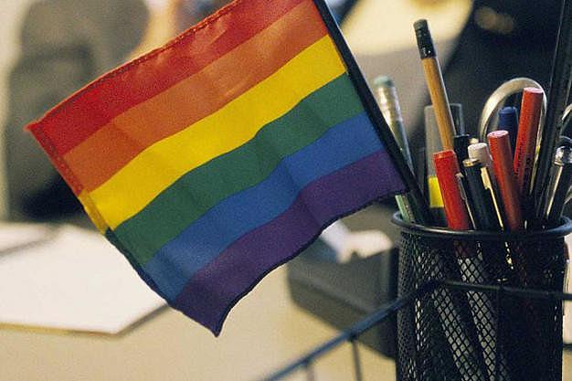 20% das empresas brasileiras não contratam gays, lésbicas, travestis e transexuais