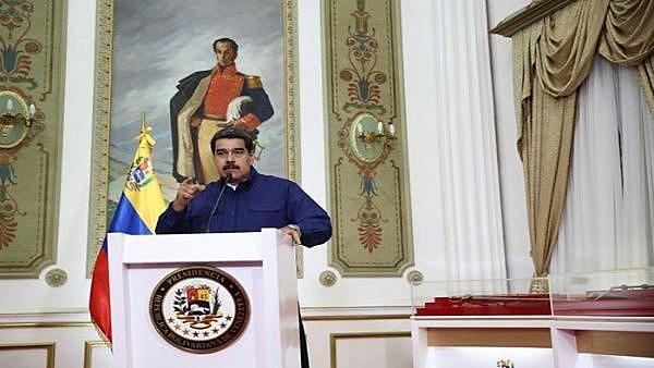 O presidente venezuelano Nicolás Maduro durante declaração oficial nesse domingo (31)
