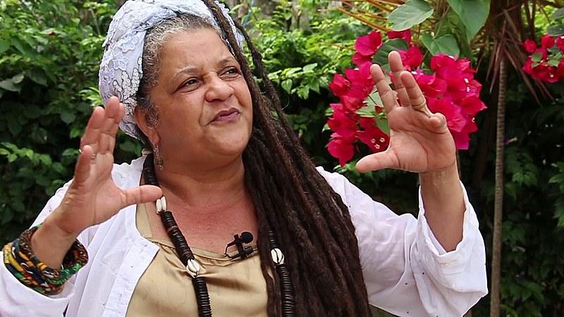 """Mãe Beth de Oxum protagoniza o documentário """"Pernamcubanos - O Caribe que nos une"""""""