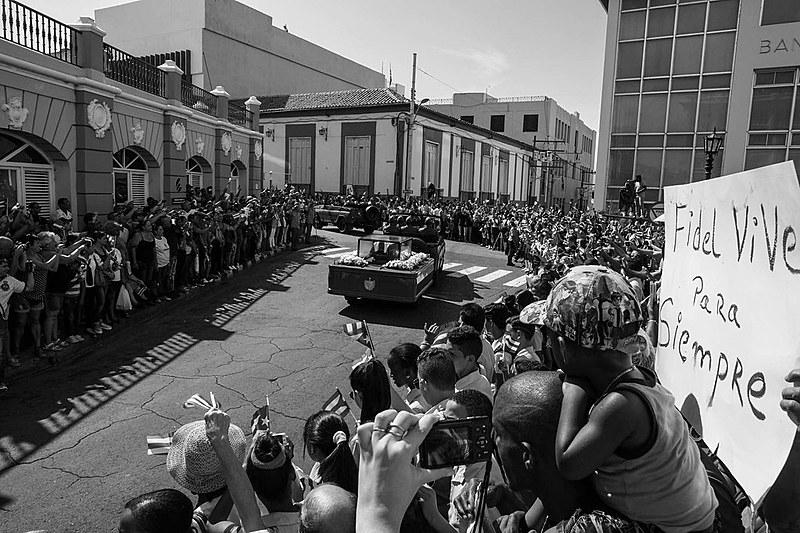 Ao todo foram 900 quilômetrospercorridos desde Havana até Santiago, cidade onde descansarão as cinzas ao lado do seu mentor, José Martí