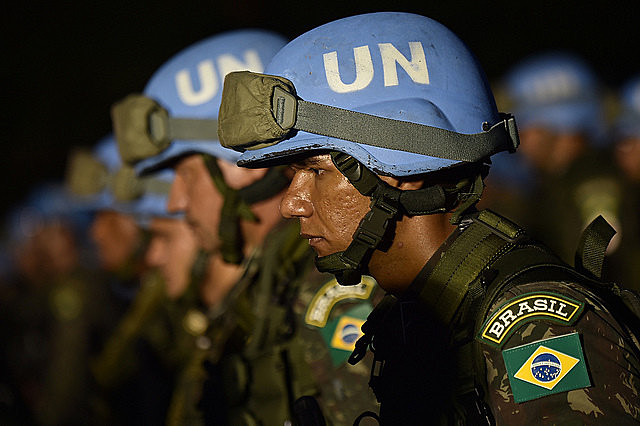 """Actuación en el exterior habría formado una """"casta"""" dentro de las Fuerzas Armadas brasileñas, según especialistas"""