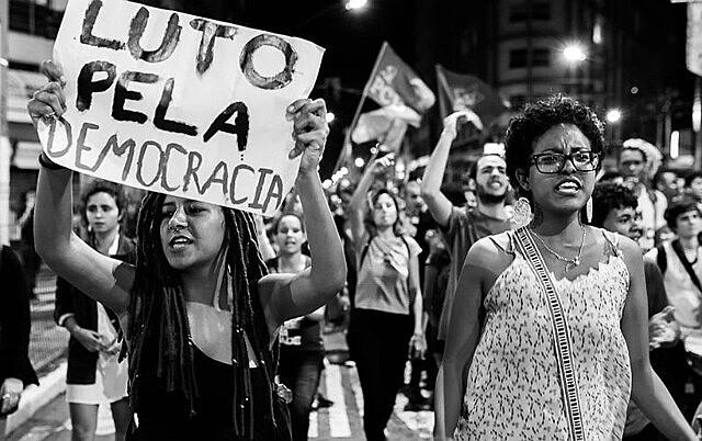 """""""A eliminação ou anulação da resistência é chave para que a implementação dessa política de garantia dos lucros do grande capital"""""""