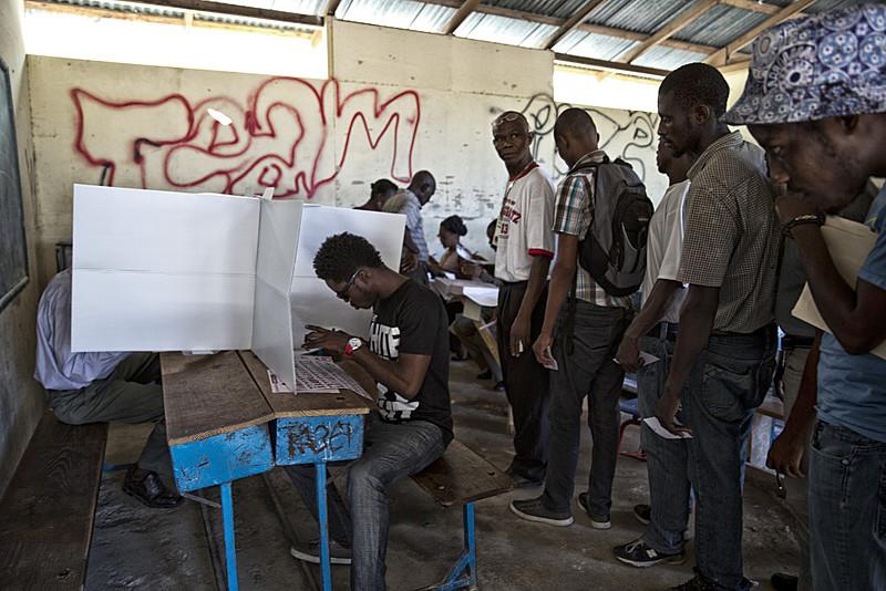 Primeiro turno de eleições presidenciais no Haiti Eem 25 de outubro