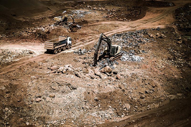 Mineração causa impactos na água, na agricultura e no setor imobiliário