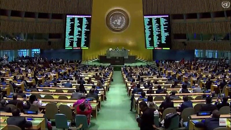 Por 189 votos a favor e 2 contra, a resolução foi discutida e aprovada pela 26ª vez consecutiva na Assembleia Geral da ONU