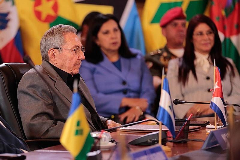 Raúl Castro manifestou solidariedade de seu país com a Revolução Bolivariana