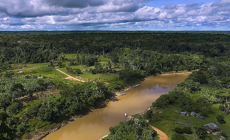 Dados do Inpe mostram aumento de 203% no desmatamento na Reserva Chico Mendes este ano, considerando dados até o começo de novembro