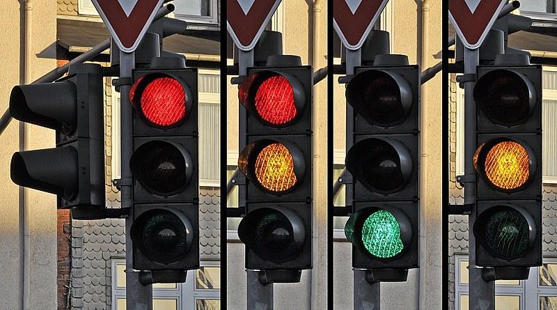 As cores do semáforo eram um problema para Dirceu, o daltônico