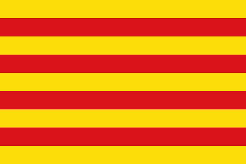 Bandeira da Catalunha, um dos símbolos nacionais estabelecidos pelo Estatuto de Autonomia da região