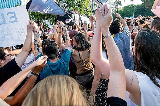 Mulheres protagonizaram maiores manifestações contra Bolsonaro