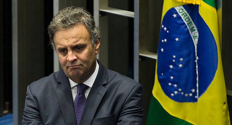 Senador Aécio Neves durante discurso na tribuna do Senado