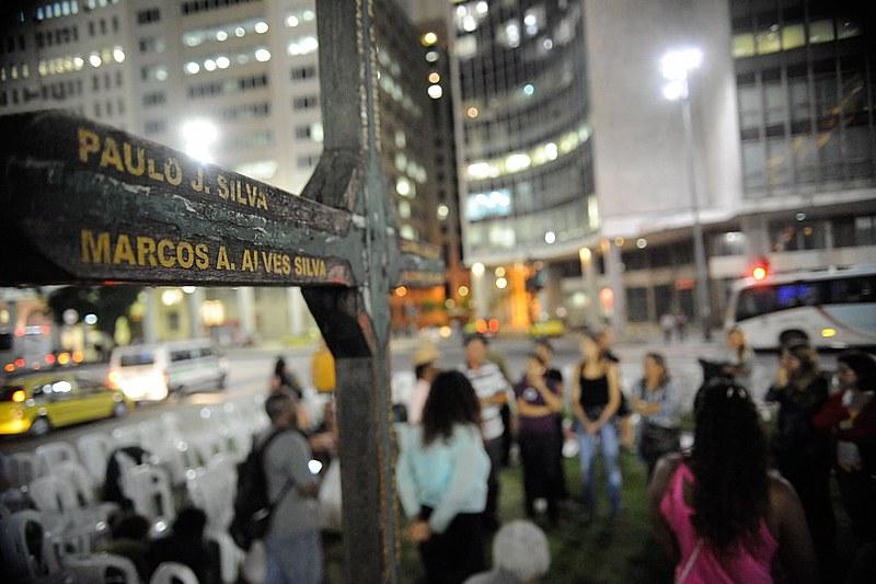 No mesmo ano da chacina, 4.782 crianças e adolescentes foram assassinados no Brasil, segundo o Mapa da Violência