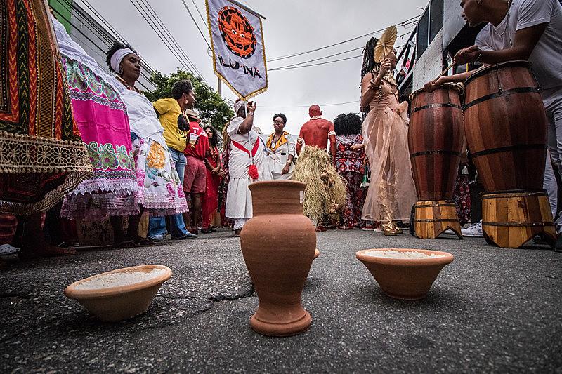 Bloco negro de São Paulo canta o amor e o afeto em sua segunda saída na última segunda-feira