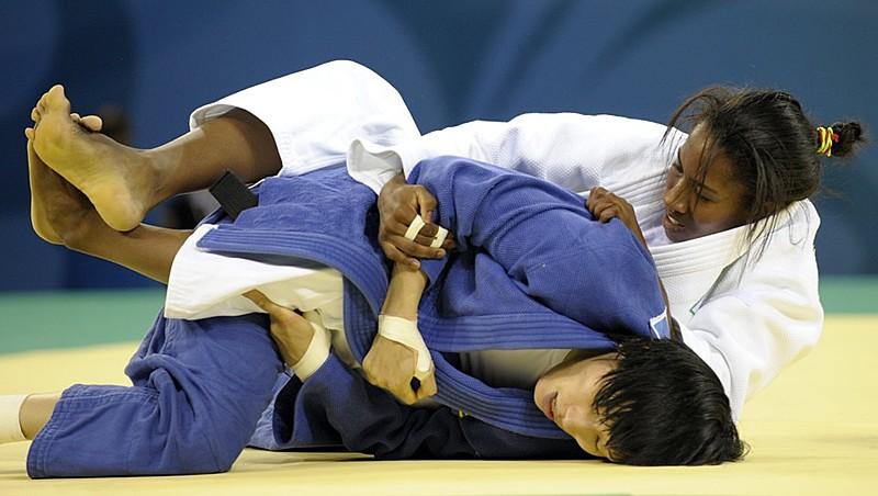 Judoca Ketleyn Quadros foi ouro no Grand Slam