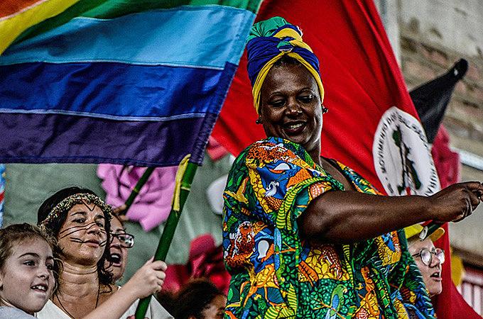 Ana Cristina Quevedo, mulher negra, Sem Terra e agricultora, sente  orgulho de quem se tornou