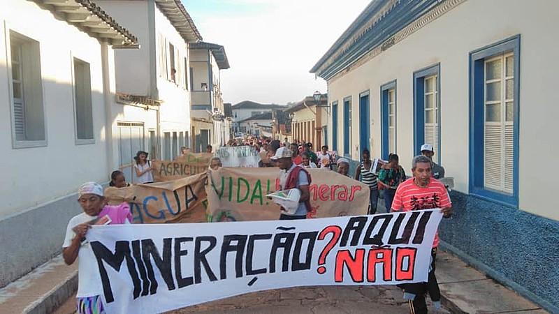 População do Serro se mobiliza contra o projeto de mineração da empresa Herculano