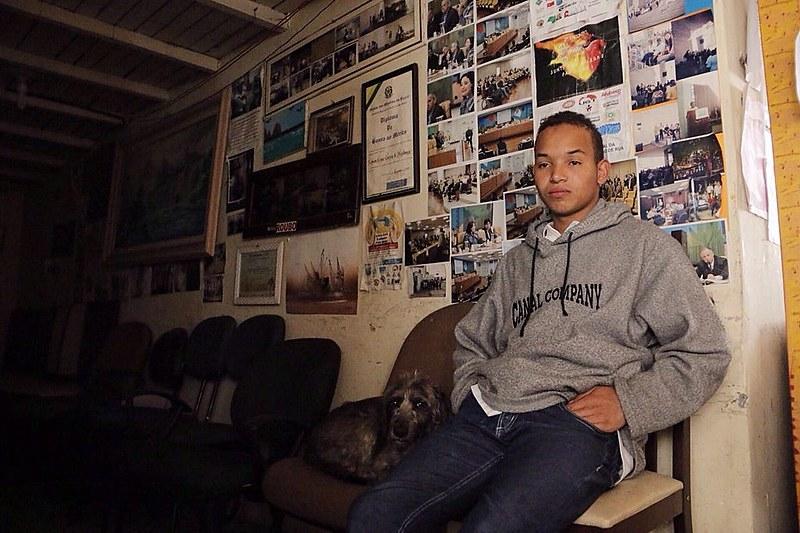 Wesley Rodrigues de Souza começou a viver na rua com apenas seis anos, por causa do comportamento violento de seu pai