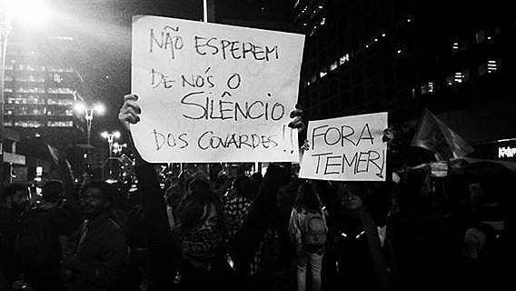 La página de Facebook, Evento Fora Temer permite acceder a informaciones sobres los diversos actos en Brasil