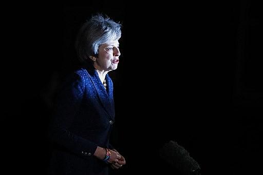 May não poderá ter sua liderança contestada em pelo menos um ano